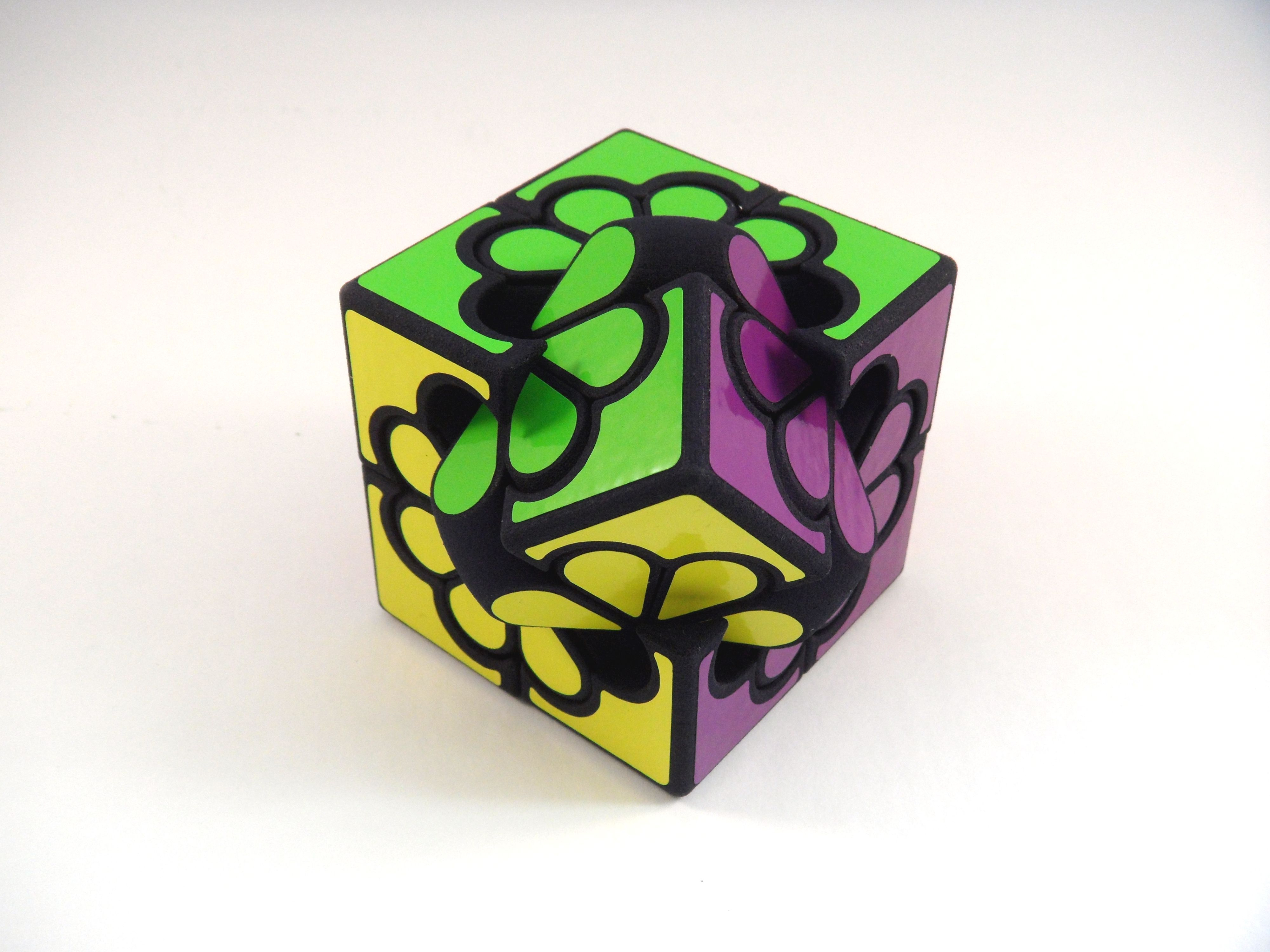 3D Printing Puzzles In Polyamide | 3D Printing Blog | I.materialise - Puzzle Print Vinyl